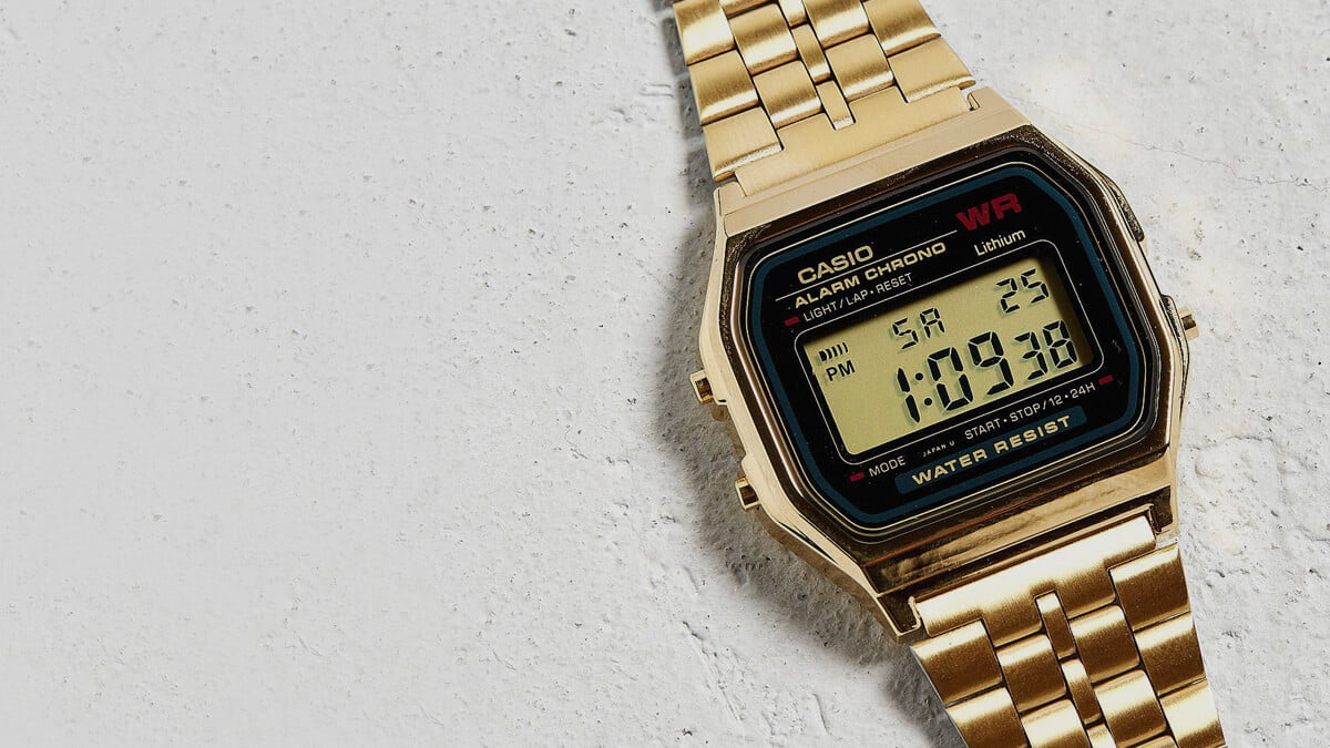Przedstawiamy przegląd popularnych zegarków retro