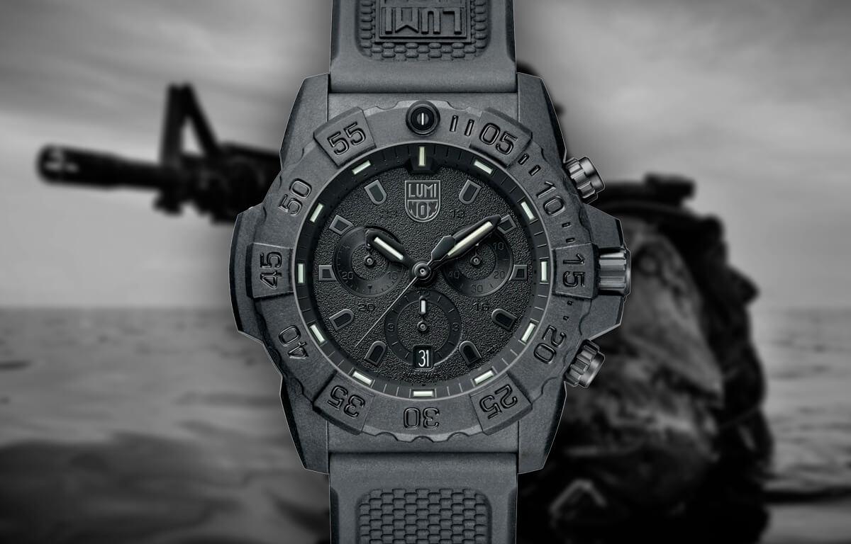 Czarny wojskowy zegarek Luminox