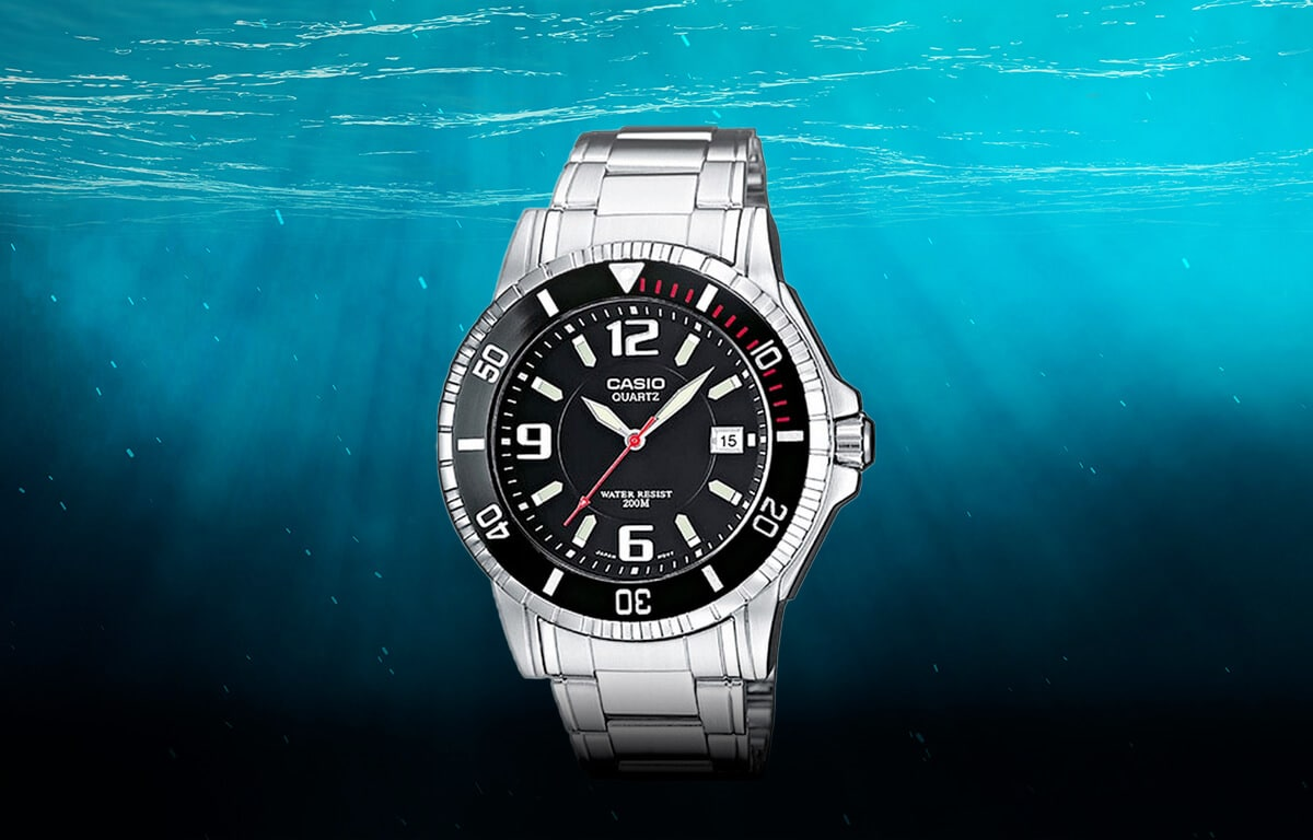 Niedrogi model zegarka nurkowego firmy Casio (MTD-1053D-1AVES)