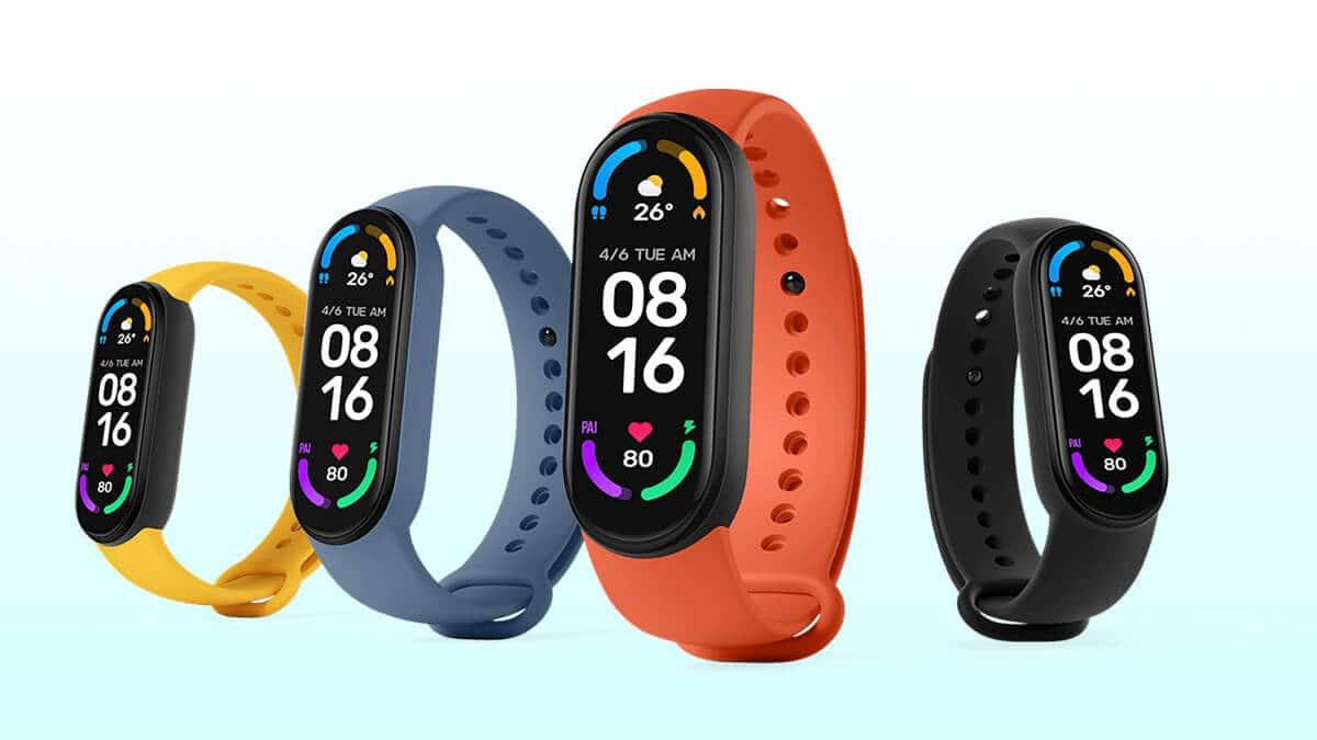 Choć nie są klasycznymi tanimi smartwatchami, ale swoich fanów znalazły również bransoletki fitness od marki Xiaomi.